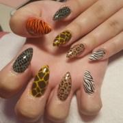 animal print nail art design