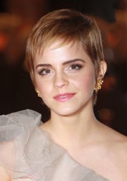 pixie bangs haircut ideas