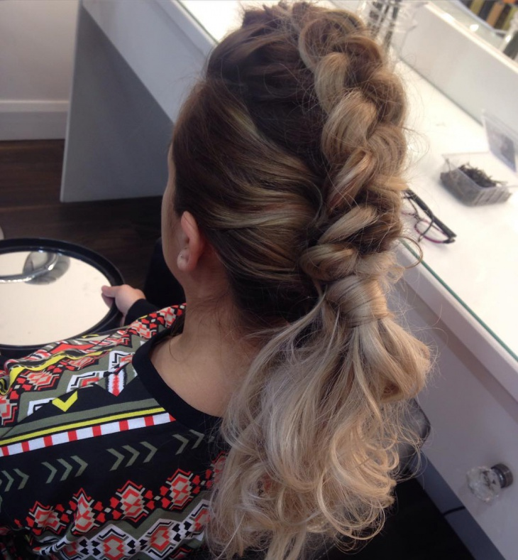 21 Curly Ponytail Haircut Ideas Designs  Hairstyles