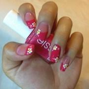 daisy nail art design ideas