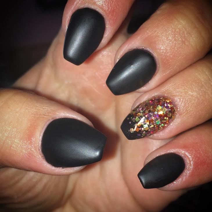 Matte Black And Glitter Sti Nails