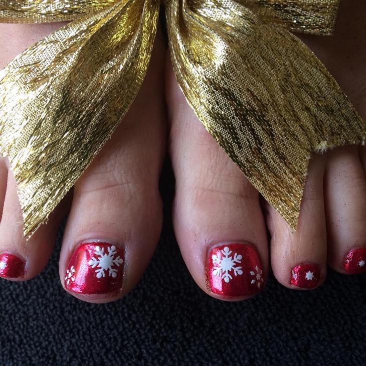 Christmas Snowflakes Toe Nail Art