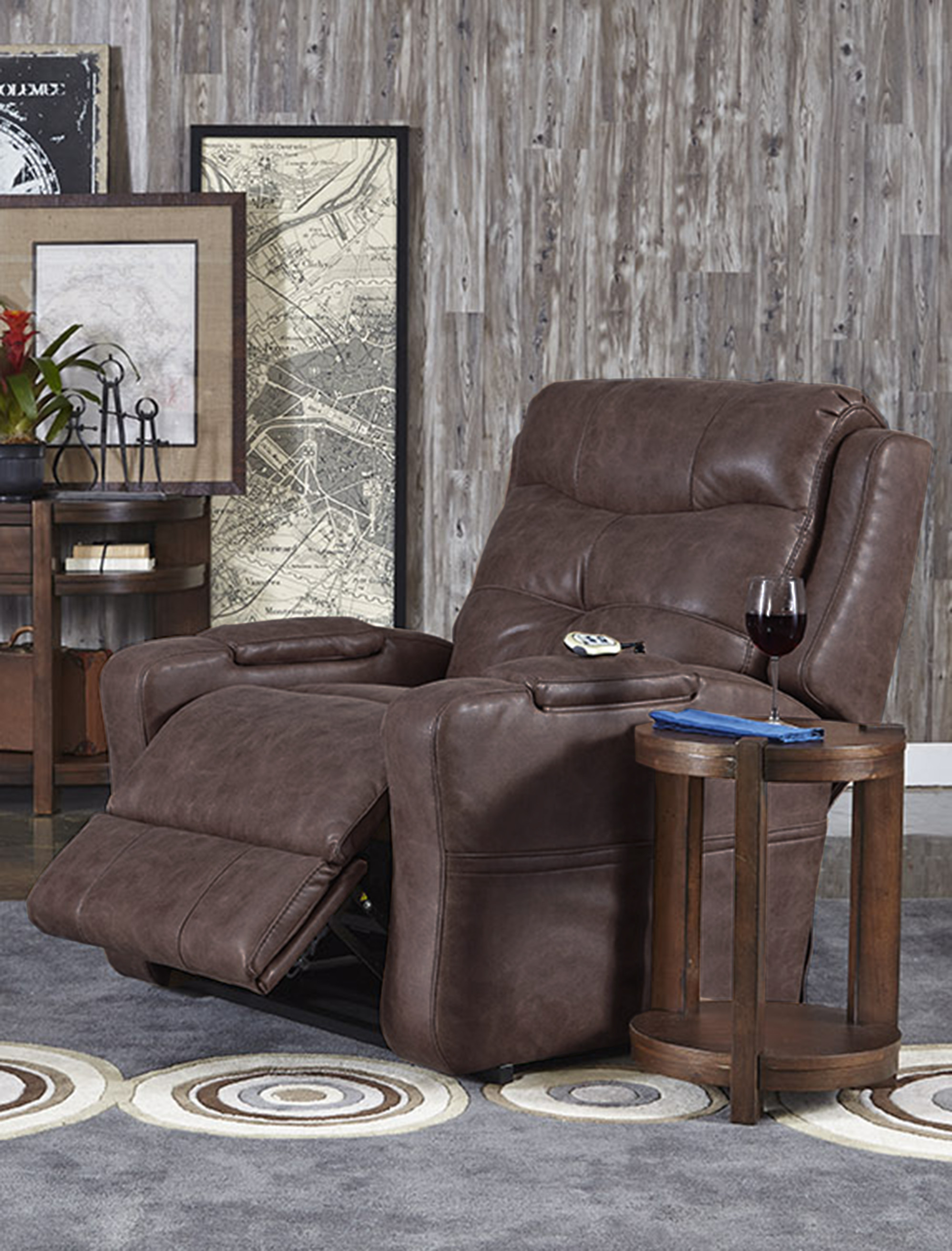 la z boy martin big and tall executive office chair brown small recliner chairs canada recliners 500 lbs reclining