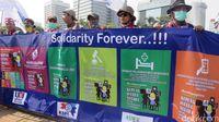 Daftar Tuntutan Buruh: Naik Upah 22 Persen Hingga Tolak Pekerja Asing