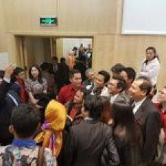 Chairul Tanjung Ergonomic Chair Indonesia Hebohnya Launching Buku 39chairul Si Anak Singkong