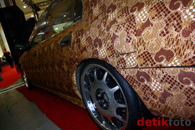 Honda Accord Berbalut Batik Projo