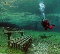 Bangku Taman yang Tenggelam (detikTravel)