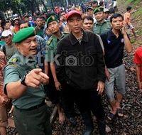 Jokowi: Perbaikan Tanggul Jebol di Laturharhary Harus Rampung Hari Ini