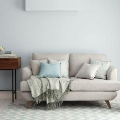 Toptip Bettsofa Guest Cindy Crawford Home Sidney Road Sofa Decorating Small Spaces Hosting Guests In A Dfs