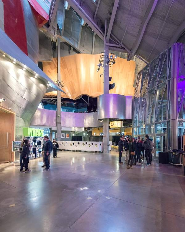 Frank Gehry Pygmalion Karatzas Experience Music Project