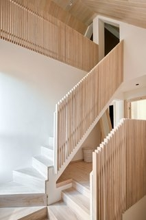 Best 60 Modern Staircase Wood Railing Design Photos And Ideas Dwell | Stair Railing Wood And Steel | Tall Stair | Spiral Stair | Easy Stair | Office Interior Stair | Different Staircase