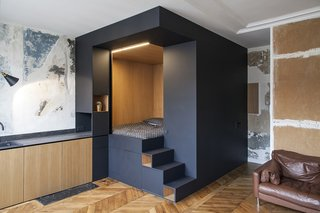 10 bedroom box and storage wall design