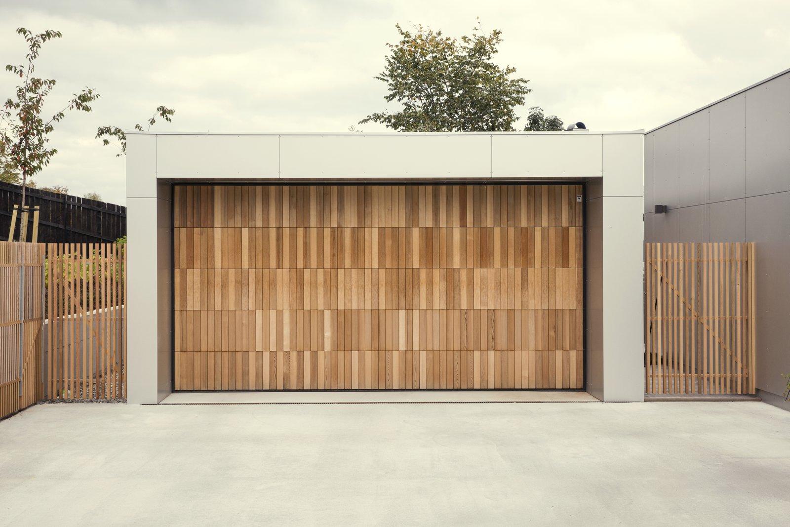 15 modern garage doors that demand a
