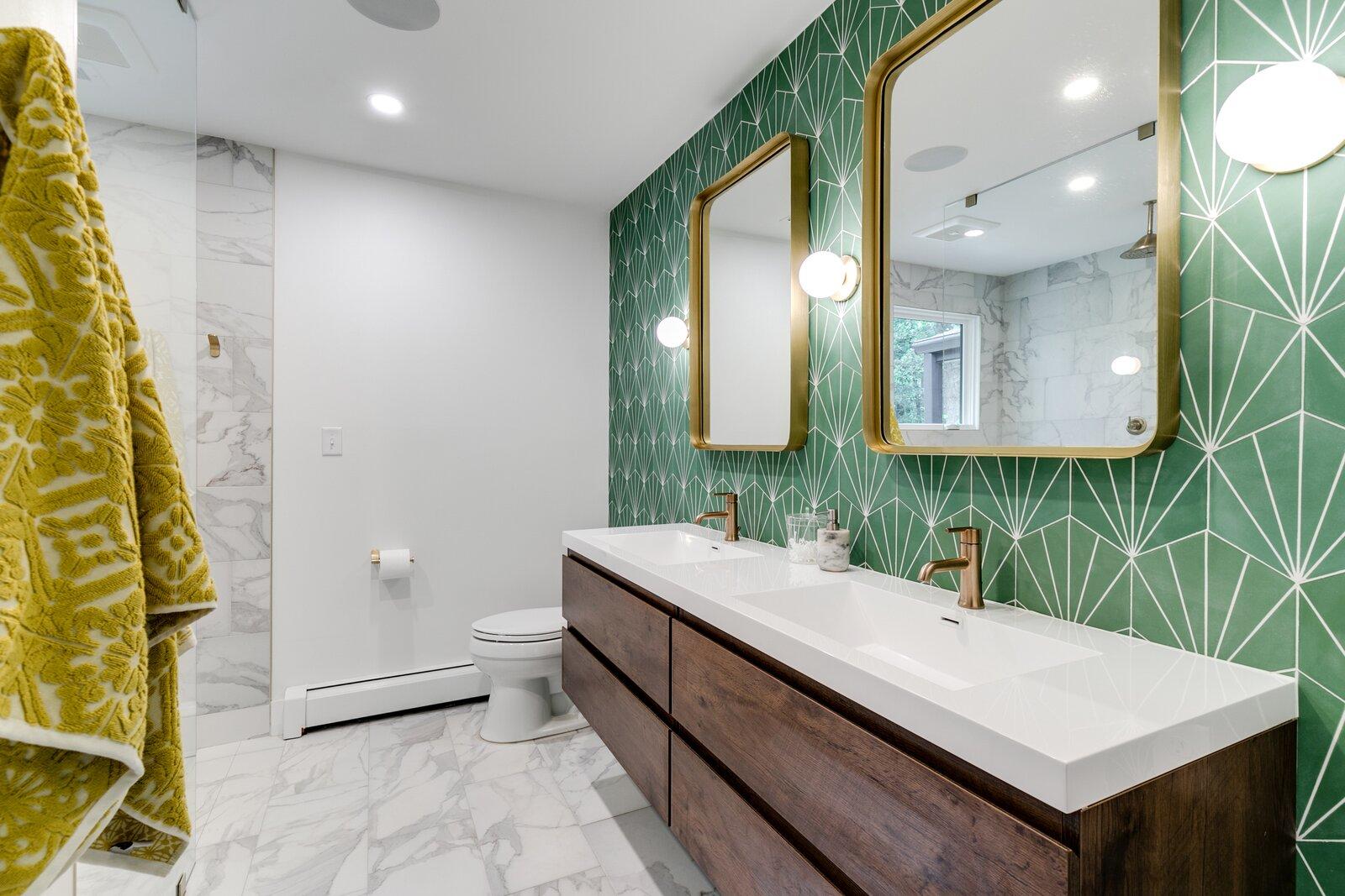 photo 13 of 551 in bath ceramic tile