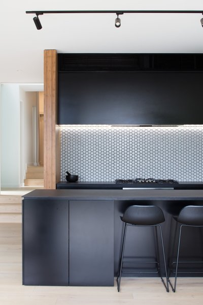 ceramic tiles for kitchen undermount white sink best 4 modern tile backsplashes design photos and in this with matte black cabinets elegant perini monroe line the