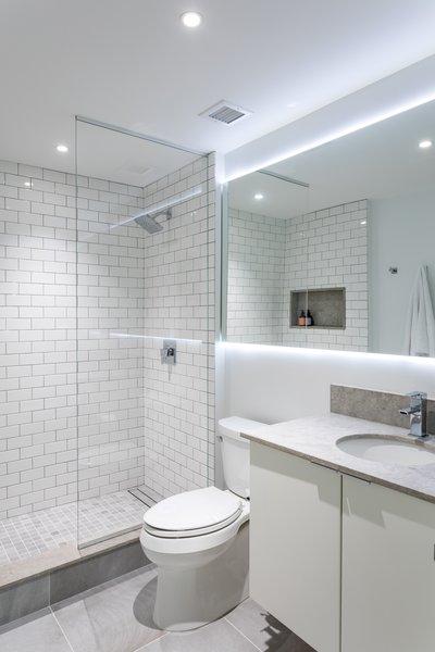 modern bathroom subway tile walls drop