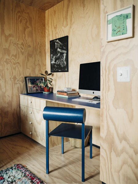 Plywood Desk Design : plywood, design, Modern, Office, Plywood, Floors, Design, Photos, Ideas, Dwell