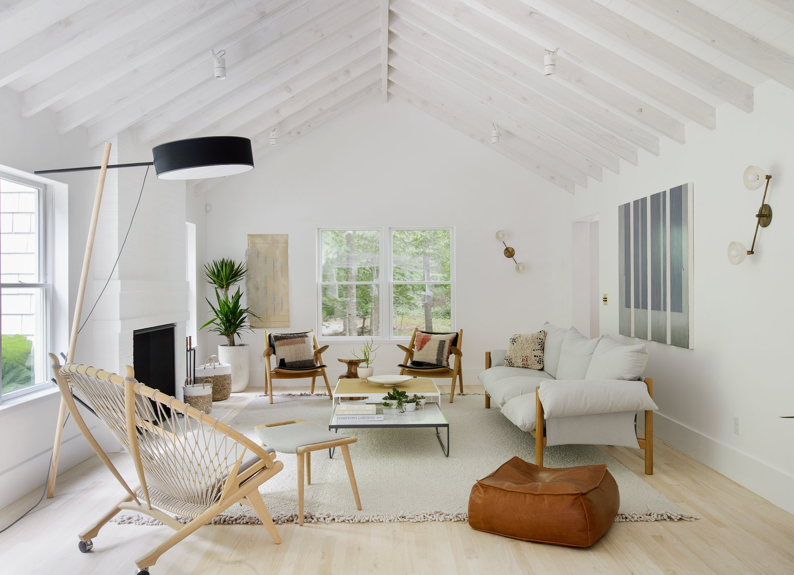 A Hamptons Beach Retreat Gets A Scandinavian Style