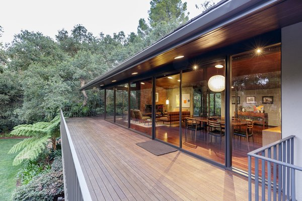 A Southern Californian Midcentury With Japanese Influences