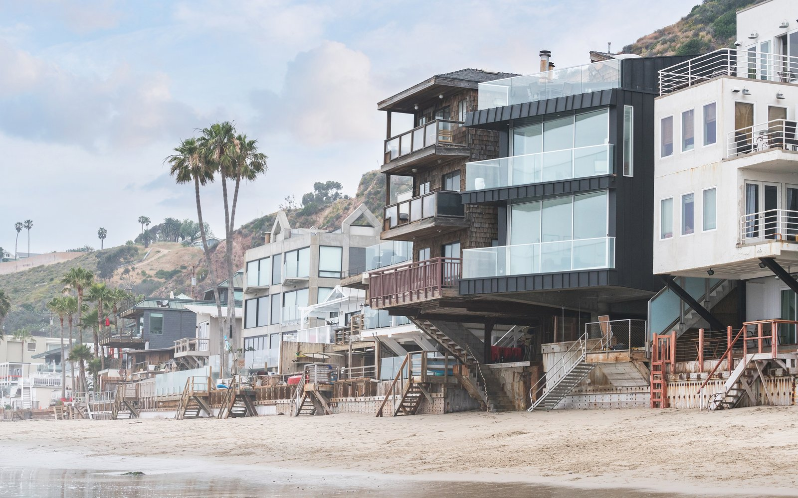 Own This Sustainably Designed Malibu Beach House For 5 7m Dwell