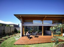 Australian Home Study In Simplicity And Style