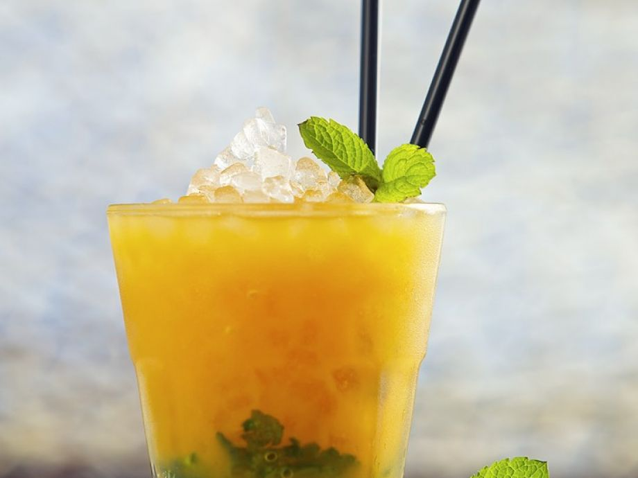Passion Fruit Cocktail Recipe | EatSmarter