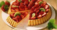 Erdbeer-Kiwi-Kuchen Rezept | EAT SMARTER