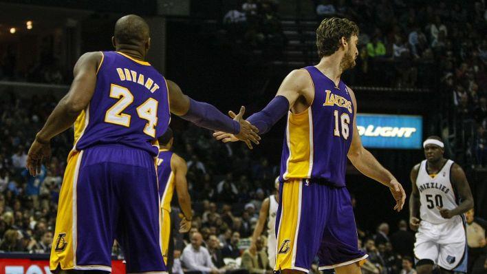 Kobe y Pau, en su etapa juntos en los Lakers. (EFE)