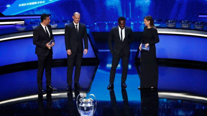 Ivanovic y Essien en el sorteo. (Reuters)