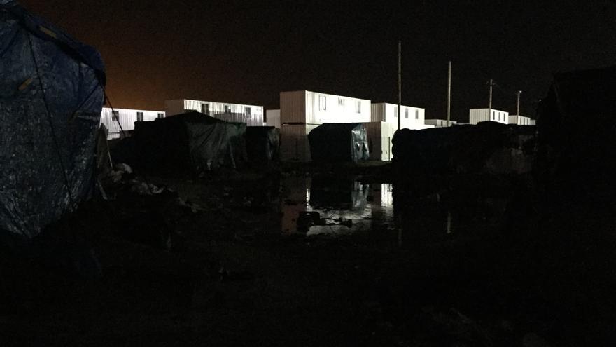 Para acceder al nuevo campamento construido por el gobierno francés es obligatorio registrar las huellas dactilares / JOSÉ BAUTISTA