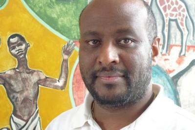 El sacerdote eritreo Mussie Zerai. Foto: Blog de Habeshia.