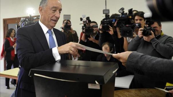 """Rebelo de Sousa se declara """"serenamente confiado"""" con el resultado electoral"""