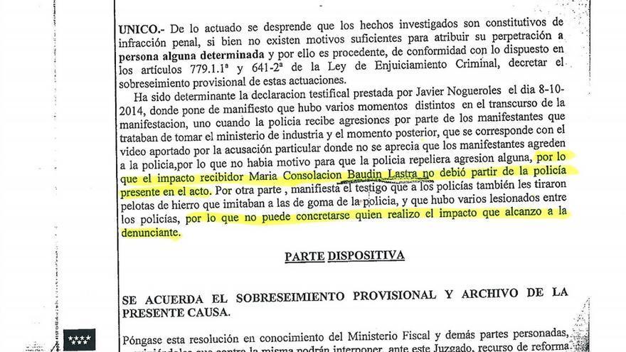 """El juez afirma que el impacto que sufrió Consuelo Baudín """"no debió partir de la policía""""."""