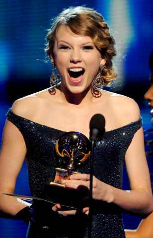 Taylor Swift, the only artist that made last night's Grammy awards watchable.