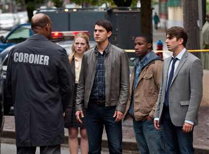 Tony Todd, Emma Bell, Nicolas D'Agosto, Arlen Escarpeta, Miles Fisher, Final Destination 5
