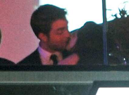 is edward and bella dating in real life 2012