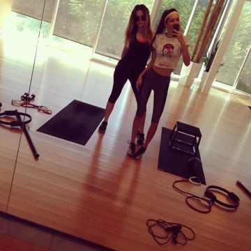Khloe Kardashian, Kendall Jenner, Instagram