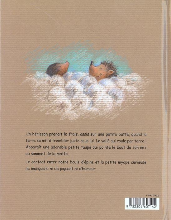 la petite taupe et le herisson valerie dion isabelle lecomte depoorter renaissance du livre grand format le hall du livre nancy
