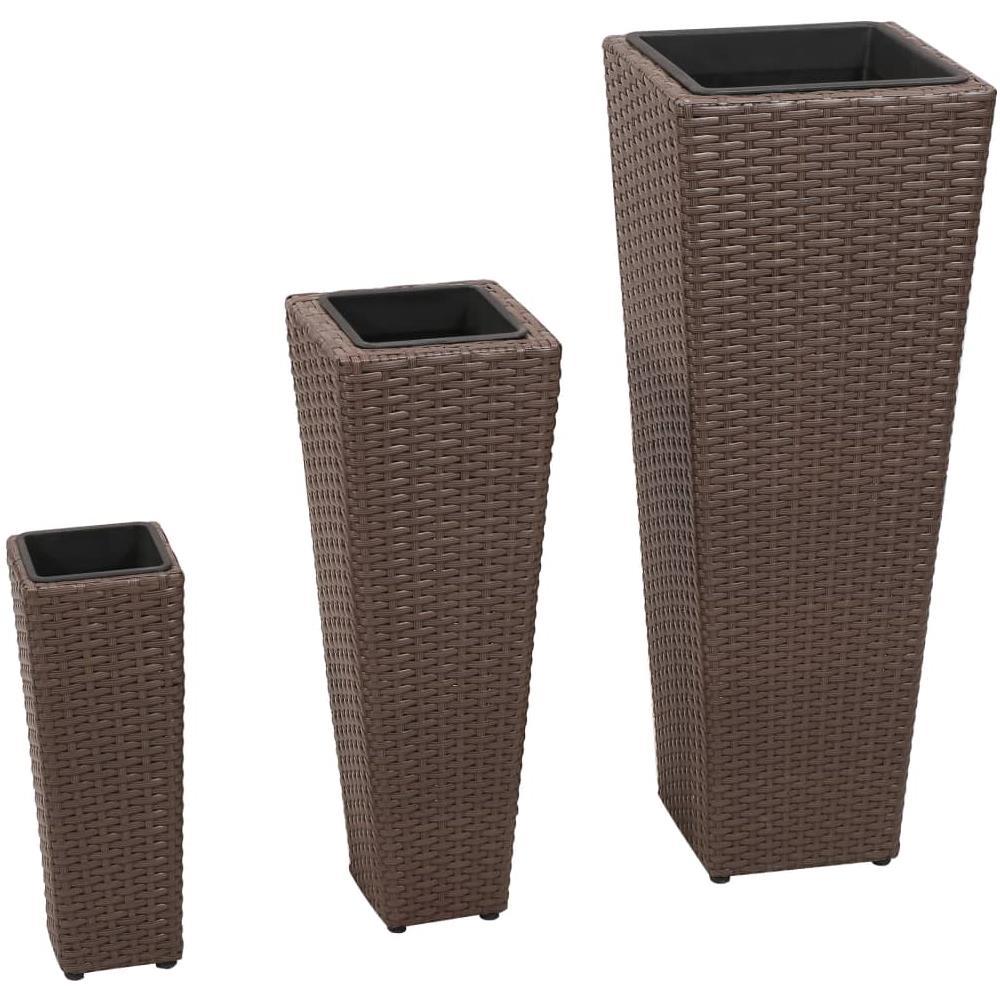 I vasi di design hanno iniziato a fare parte di questa categoria da qualche anno, diventando un oggetto di arredamento molto importante, sia per gli ambienti esterni che per quelli interni. Vidaxl Vasi Fioriere Moderni In Rattan Caffe Set Da 3 Vasi Eprice