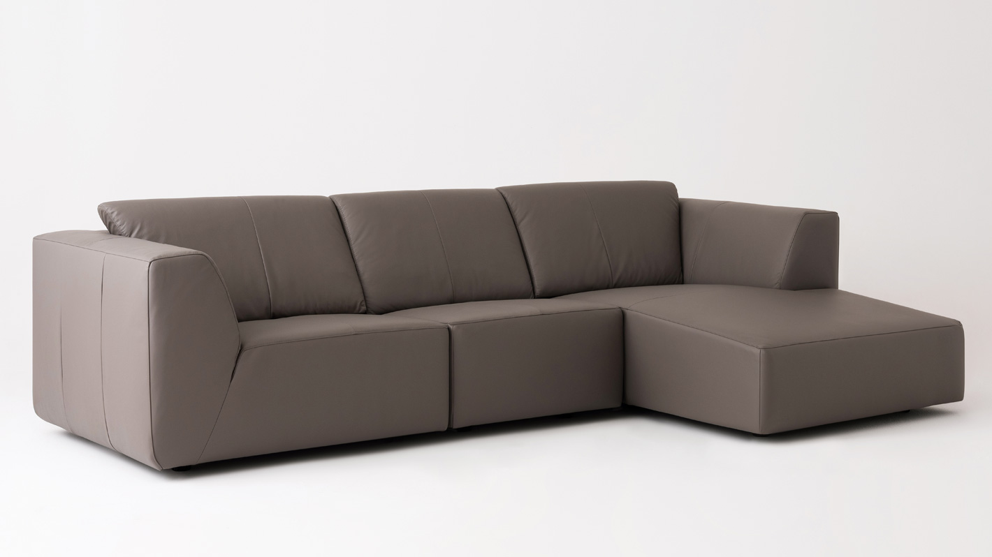 3 piece leather sectional sofa with chaise twin sleeper mattress morten eq3