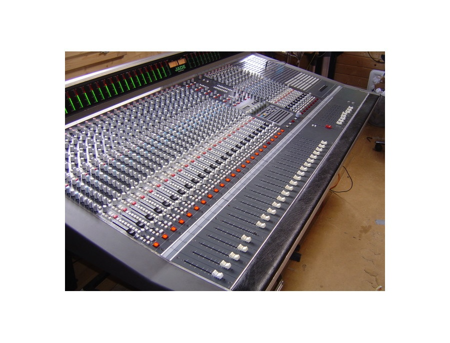 Soundtracs JADE 48 Console Reviews  Prices  Equipboard