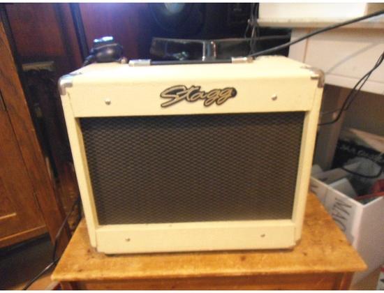 Combo Guitar Amplifiers  Equipboard