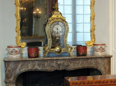 salon-gris-louis-xv_mantle_6177