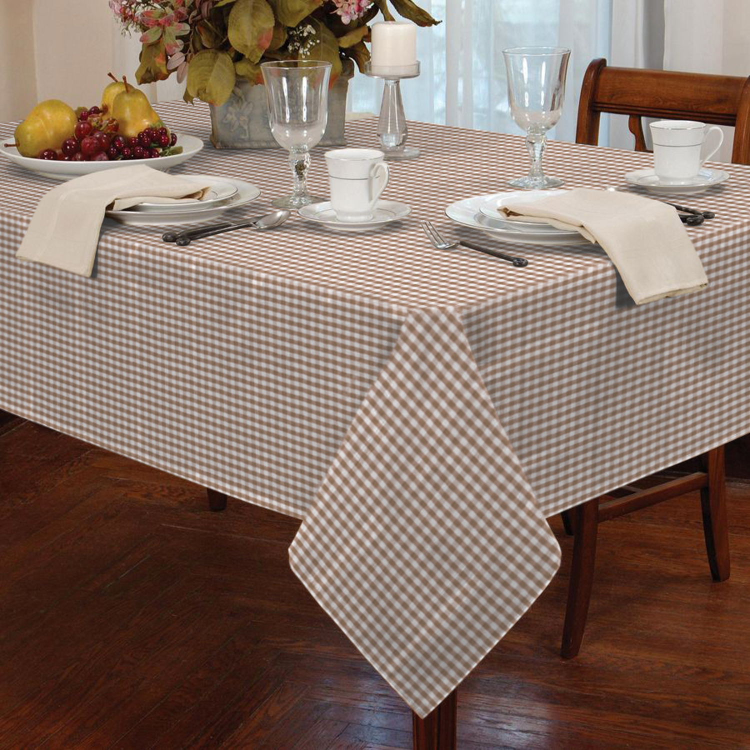 gingham dining room chair covers round ottoman garden picnic check tablecloth table