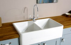Deluxe Ceramic Kitchen Sinks That Will Add Charm To Your Home Decor