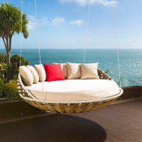 Hanging Round Garden Day Bed / Sofa Brown Rattan/Cream