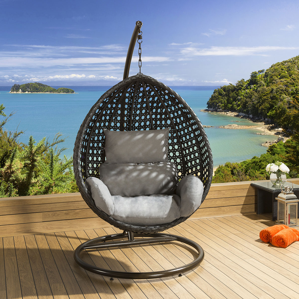 hanging chair luxury replacement foam for dining room chairs outdoor garden black rattan grey