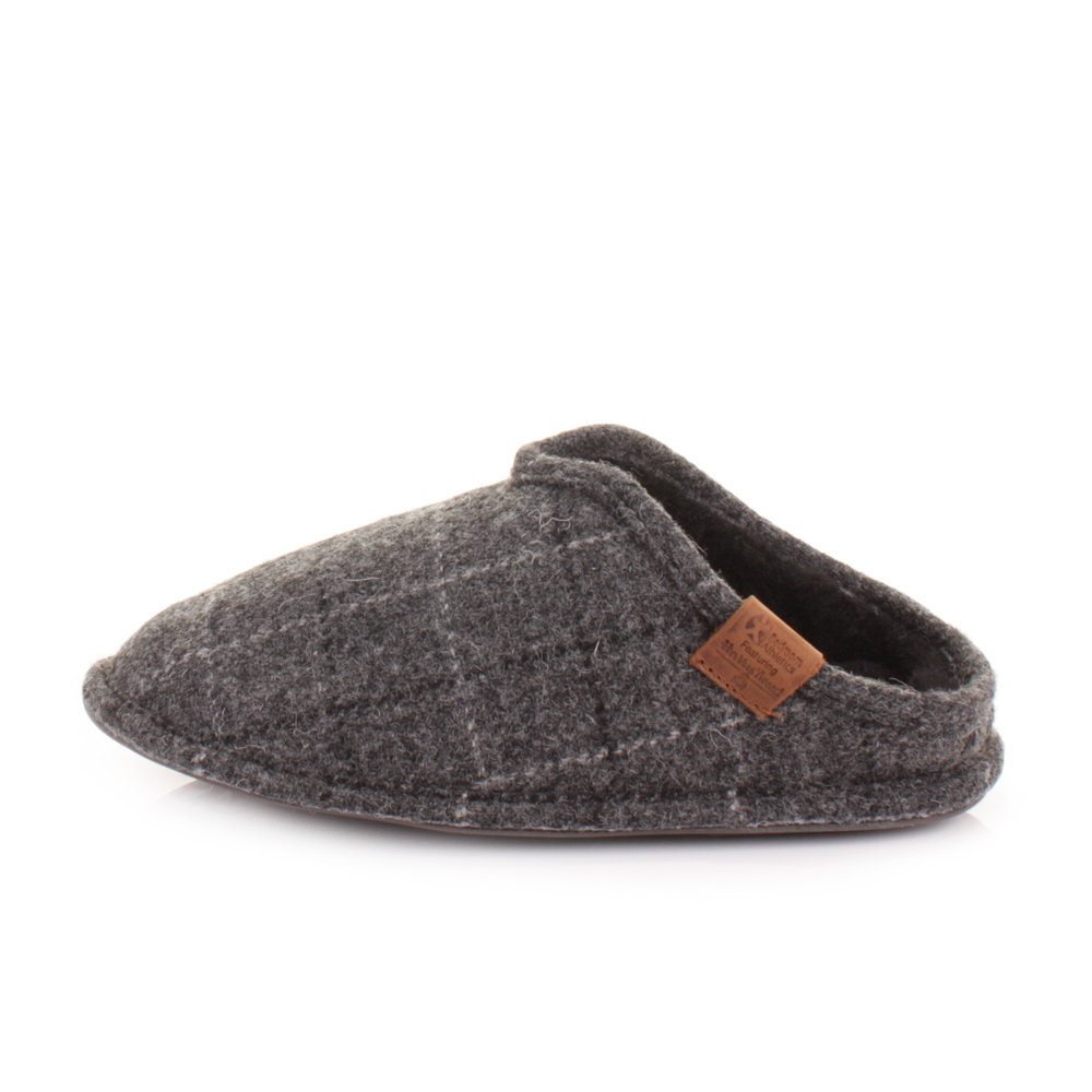 Men bedroom slippers on Shoppinder