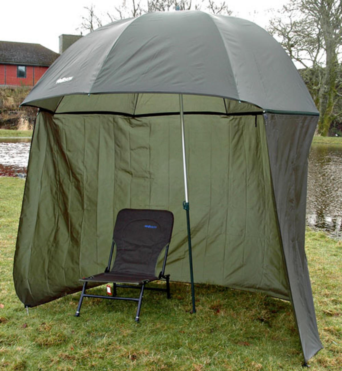 ice fishing chair shelter boss black leatherplus executive 98 quot 2 5m bison top tilt umbrella brolly