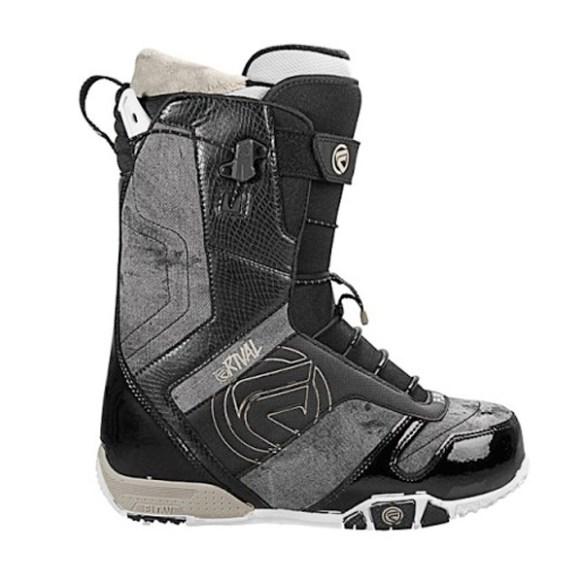 Flow Rival Quickfit snowboard boots 2012 in Black